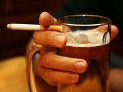 D�ti nesm� p�t alkohol ani v�jime�n�