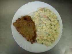 Bramborový salát tradičně i dietněji