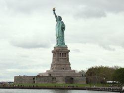Letíte do Ameriky? Připravte se i na osobní prohlídku