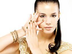 Jak správně nosit zlaté šperky?  S grácií a vkusně