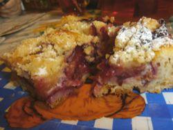 Recept: Švestkový koláč s drobenkou