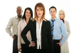 Rok 2016 m�n� �esk� pracovn� trh.   Za��n� boj o zam�stnance