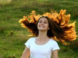 Vlasy po zim� volaj� SOS, dop�ejte jim jarn� vzpruhu