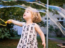 Kdy je vhodné nechat dítě jít samotné ven?