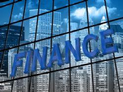 Většina finančních institucí v příštím roce rozjede změnové programy