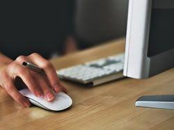 """Používáte často při práci počítačovou myš? Dejte si pozor na """"myšitídu"""""""