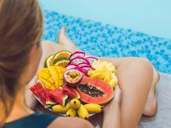 Chcete do léta shodit ještě pár kilo? Jděte na to zdravým detoxem s moringou
