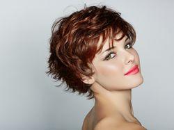 Trápí vás padání vlasů? Poradíme, jak problém eliminovat