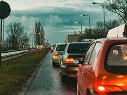 Jak postupovat během poruchy na vozidle nebo dopravní nehody?