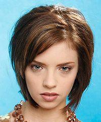 Návrhy účesů pro polodlouhé vlasy